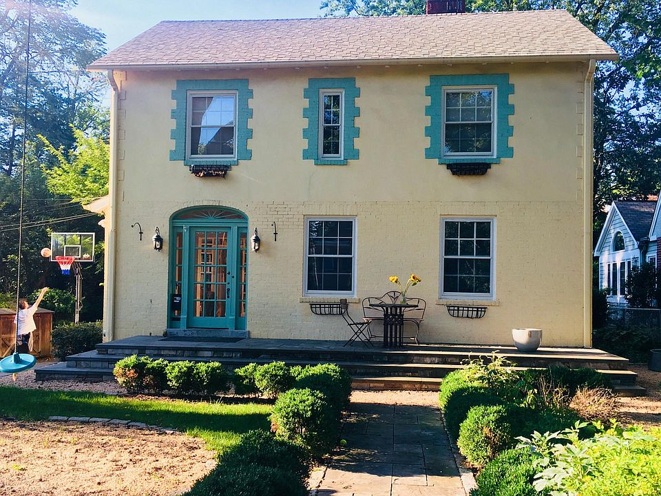 4623 Hunt Ave, Chevy Chase, MD 20815
